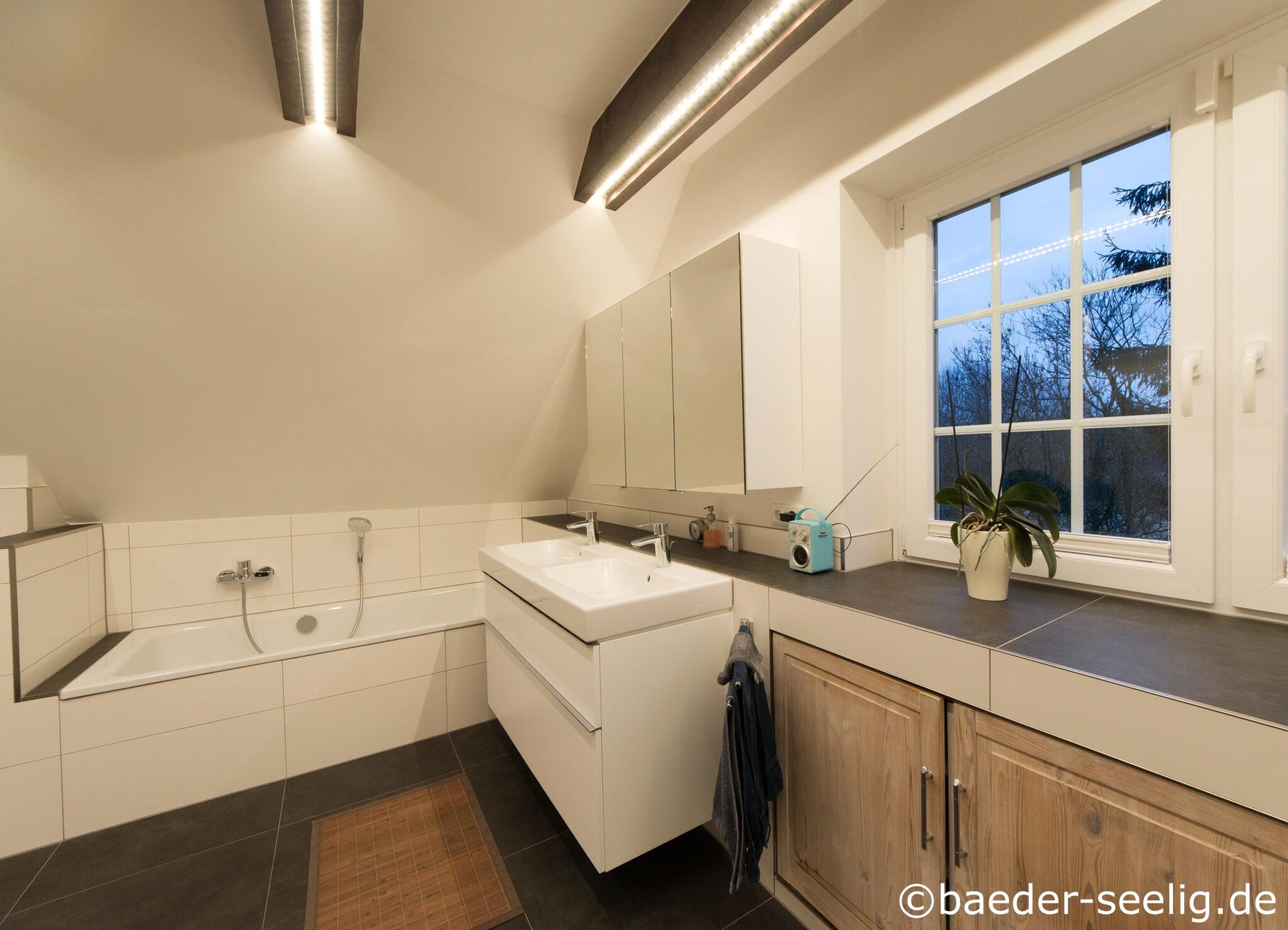 20 qm Dachgeschoss Badezimmer   Beispiele und Ideen   BÄDER SEELIG