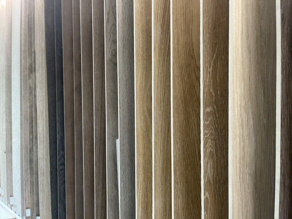 Fliesen in Holzoptik für Badeziimer Küche und Wohnzimmer